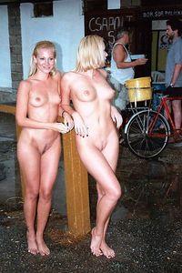 KRISTINA-nude-in-public-j6xf1rlucw.jpg