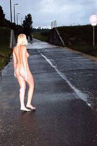 KRISTINA-nude-in-public-b6xf1rnzey.jpg