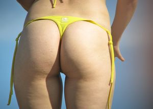 Beach-Voyeur-Sexy-Girls-Bikini-%2864-Pics%29-57aixllyx7.jpg
