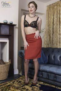 VintageFlash-Lucy-Lauren-The-dirty-young-madam-233-pics-j7a2ua0xwi.jpg