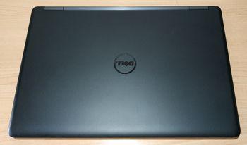 Portátil Dell Latitude E5550.  Pantalla 15'6 + 8 GB RAM + 256 GB SSD